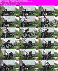 CharliesAngel aka Desyra Noir CharliesAngel - Am Bauwagen Schwanz entleert Thumbnail